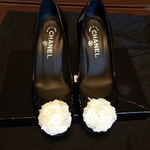 Chanel classic white flower pumps